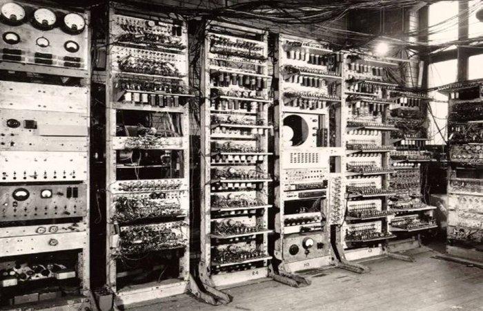 Самый первый в мире компьютер ENIAC